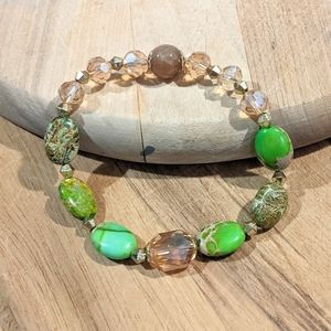 Handmade bracelet with lime green agate stones